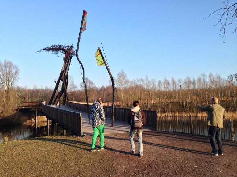 Tomorrowland公園,比利時政府提供場地,裡面所有景物與草皮搭建與全年維護皆由主辦單位負責。