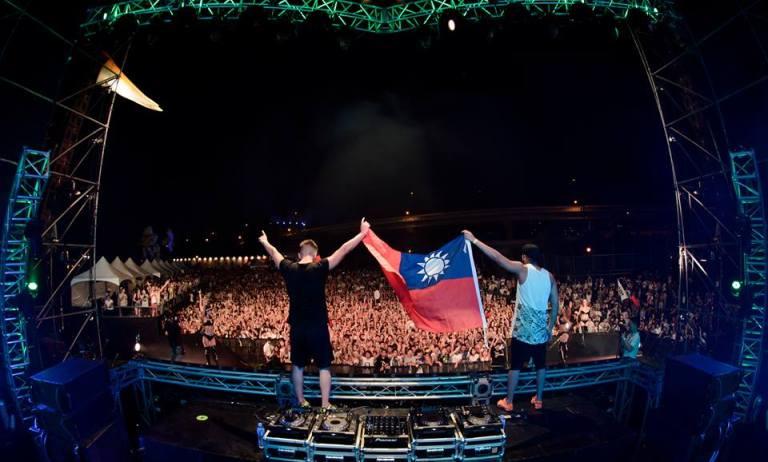在粉專出現無數次中華民國國旗的義大利愛台灣雙人DJ組合:VINAI