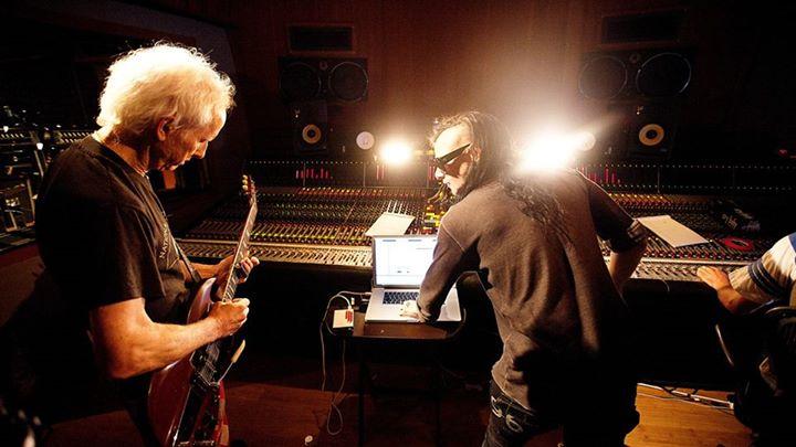 吉他手Robby Krieger ,Skrillex