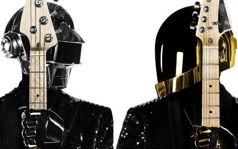 只是他們戴頭盔,哪有人看得出來啊!!