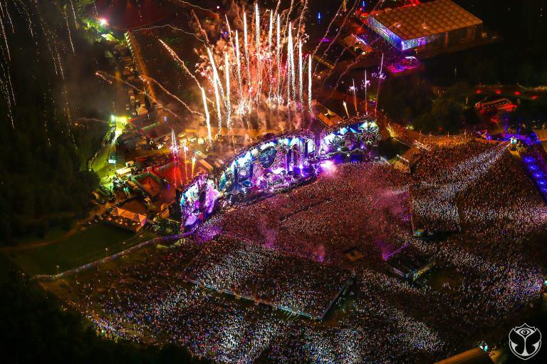 Tomorrowland-Belgium-2014-Fireworks