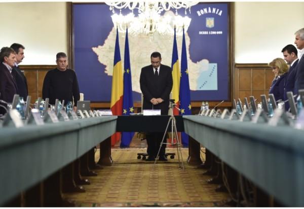 Victor-Ponta-resignation-600x412