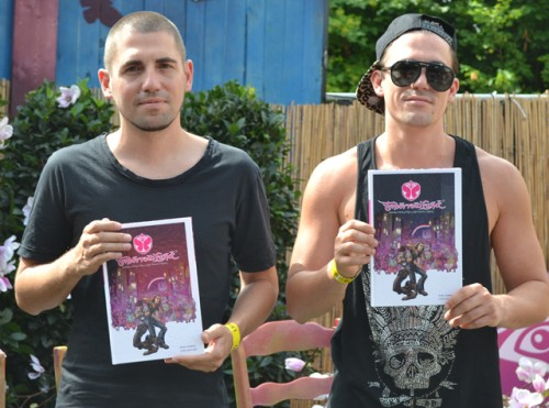 Dimitri-Vegas-en-Like-Mike-met-de-Tomorrowland-strip-