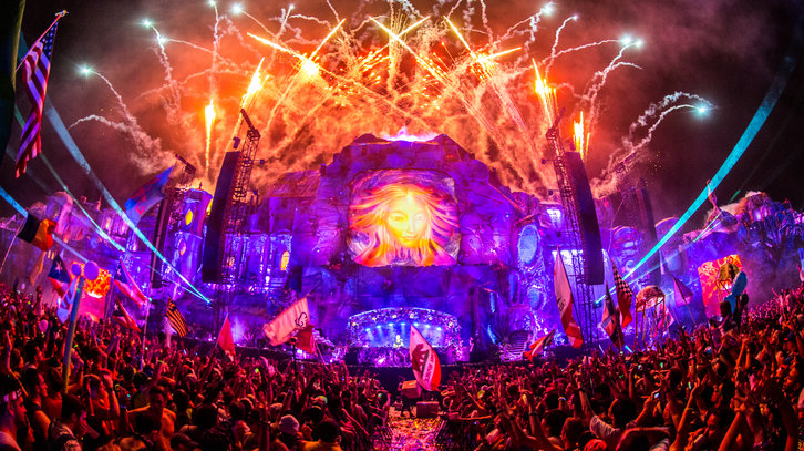 tomorrowworld-2015