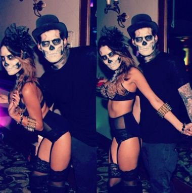 a747dc8c377bd62d911cf0e294eee1d1--sexy-couples-costumes-couple-halloween-costumes