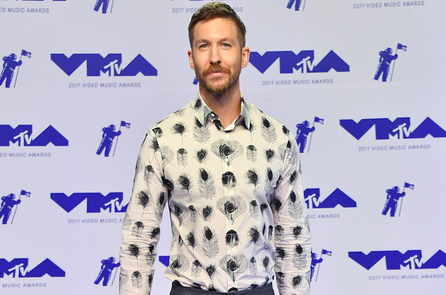 calvin-harris-mtv-vmas-red-carpet-2017-a-billboard-1548.jpg